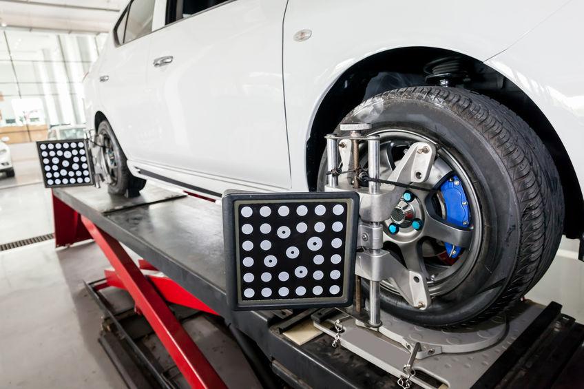 Premier Collison Automotive 4-wheel alignment
